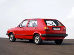 volkswagen_golf_5-door_rear