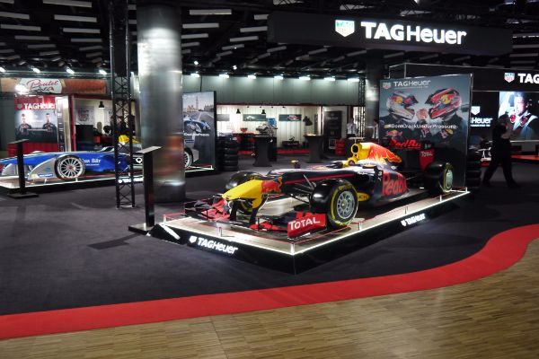 Red_Bull_&_TAG_Heuer_Car